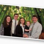 Sidebar Family Pic Download